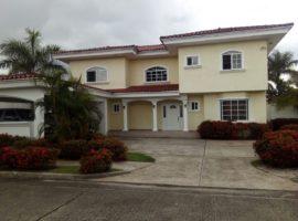 Se vende casa en Costa Serena, Costa del Este